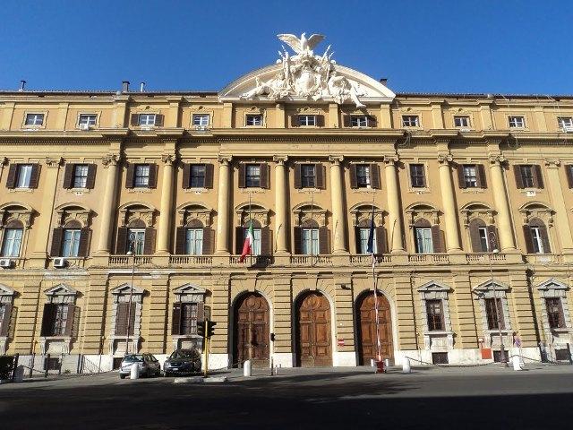 Cambia il regime di tassazione per i forfettari fino a 65 mila euro torna la determinazione dei ricavi in modo analitico